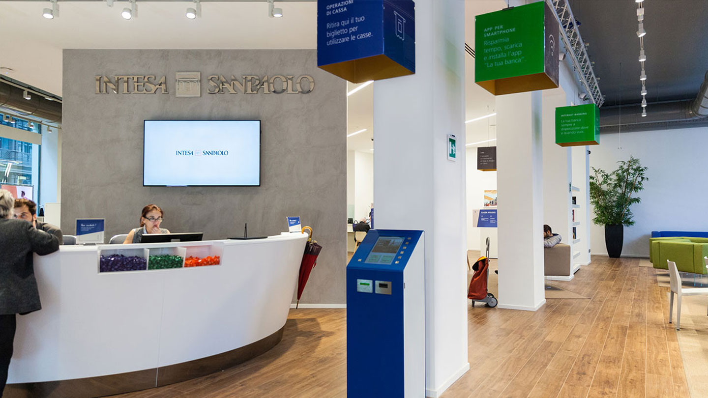Reinventing the Branch Customer Experience