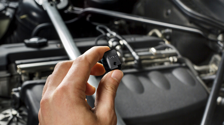 Voyo connected car controller